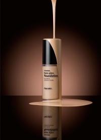 База под макияж с эффектом сияния / Hanskin Bare Glow Foundation M23. Natural