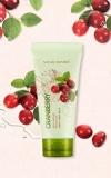 Пилинг-гель для лица с экстрактом клюквы / Cranberry Real Nature  Peeling Gel